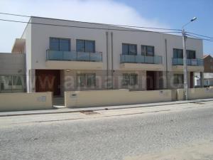 Moradia geminada 4 Quartos, para Compra - S. Félix da Marinha, Vila Nova de Gaia