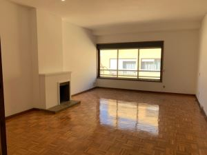 Apartamento T2, para Arrendamento