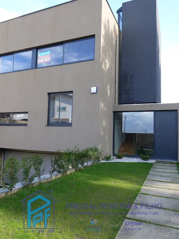 Semi-detached house 4 Bedrooms - Rio Tinto, Gondomar