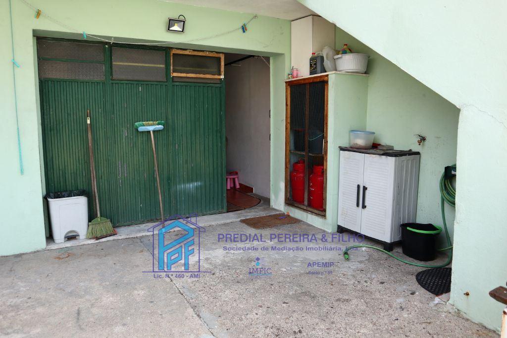 Exterior traseiras Garagem