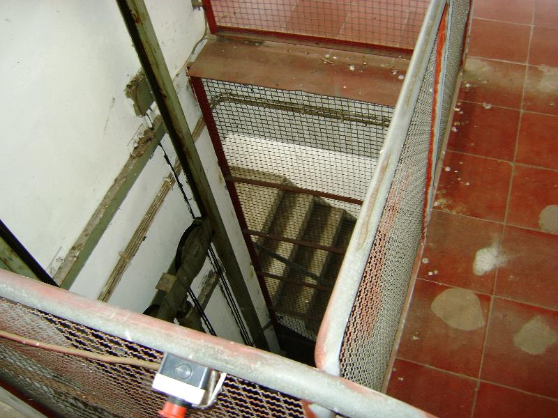 Ascensor/Plataforma Paletes 1º piso