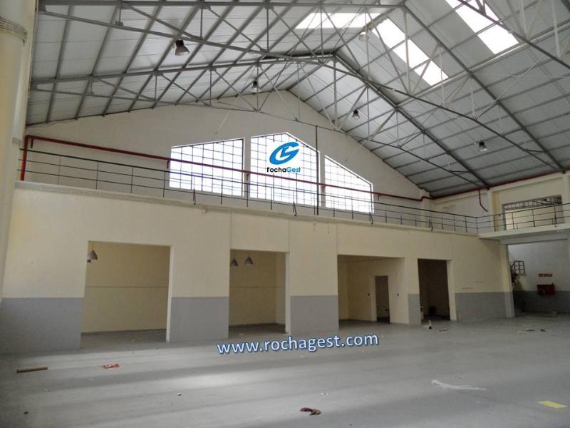 Warehouse  - Mafamude e Vilar do Paraíso, Vila Nova de Gaia
