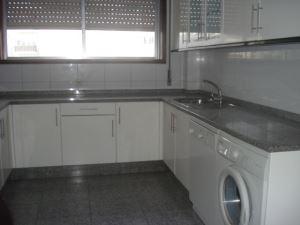 Apartamento T5, para Arrendamento