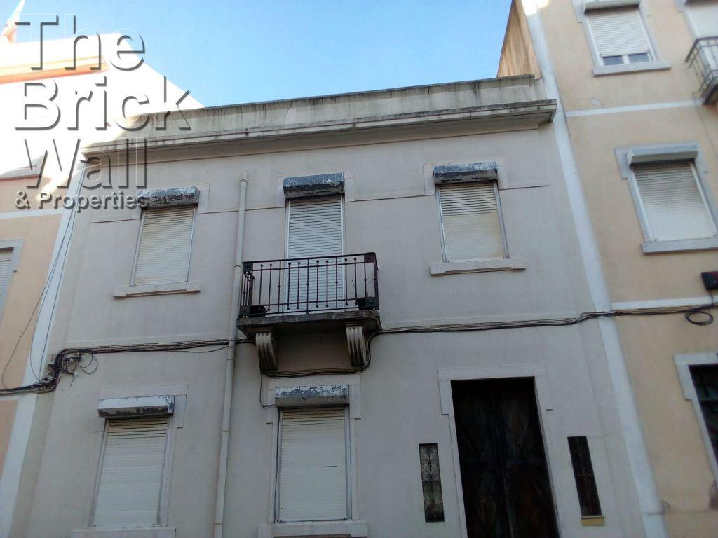 casacerta.pt - Moradia geminada T6 -  - Penha de França - Lisboa