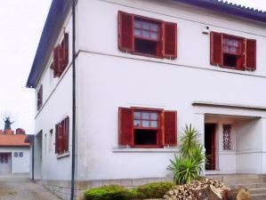 Detached house T0, para Rent
