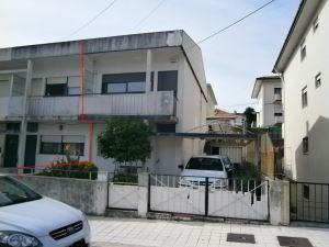 Casa en hilera - de lado T2, para Compra