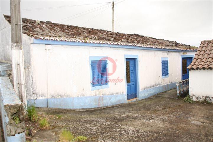 casacerta.pt - Moradia geminada T2 -  - Lomba da Fazenda - Nordeste