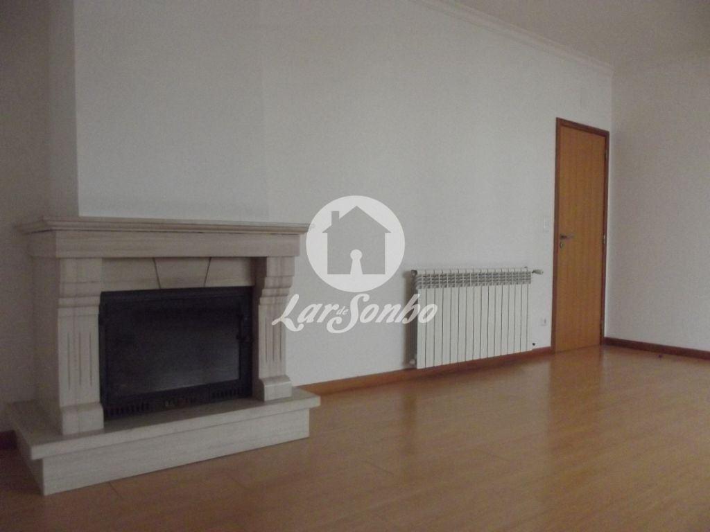 casacerta.pt - Apartamento T3 -  - Taveiro, Ameal e A(...) - Coimbra