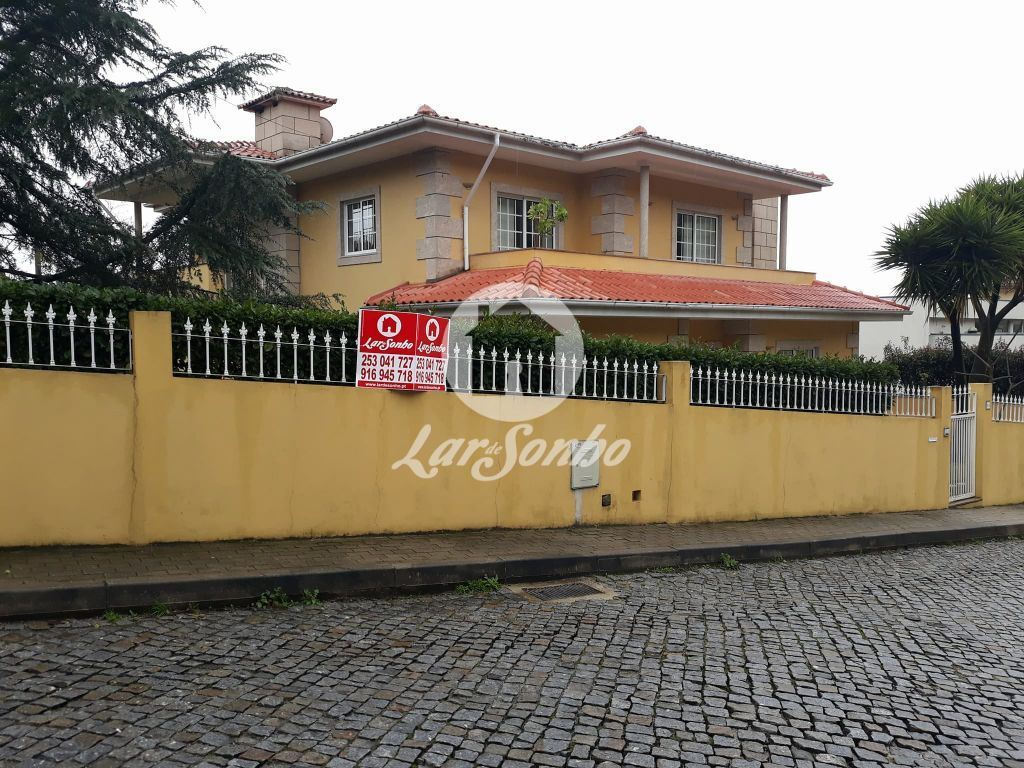 LardeSonho - Moradia isolada  T5, Braga (S. Vitor), Braga (Braga)