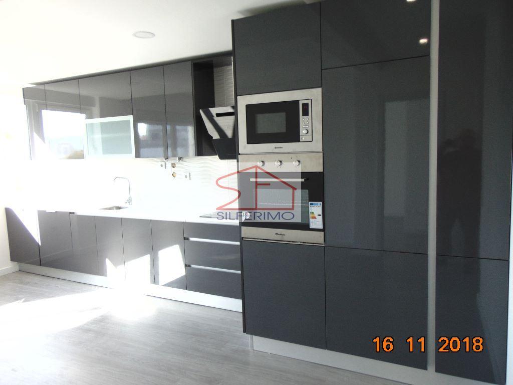 casacerta.pt - Apartamento T3 -  - Benfica - Lisboa