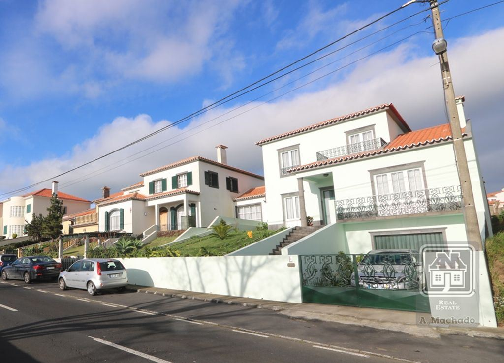 casacerta.pt - Moradia isolada T3 -  - Relva - Ponta Delgada