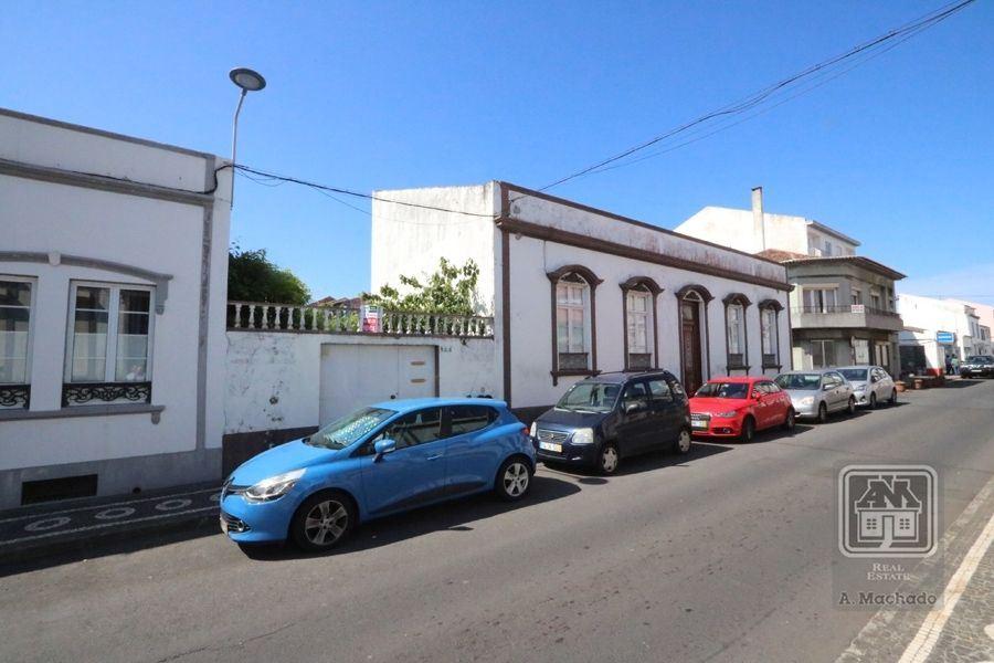 casacerta.pt - Moradia de gaveto T6 -  - Ponta Delgada (S. (...) - Ponta Delgada