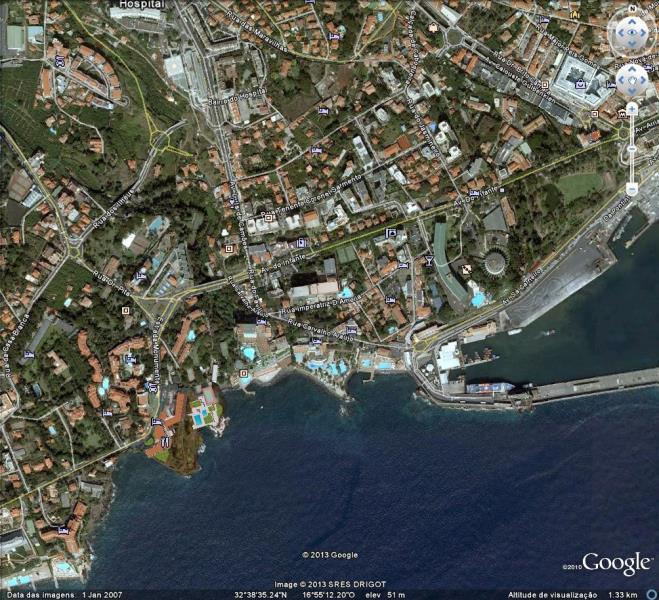 Predio centro Funchal - junto La Vie