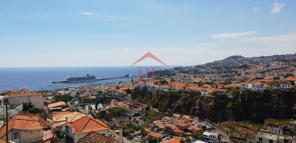 casacerta.pt - Moradia em banda T3 -  - Funchal (Santa Mar(...) - Funchal