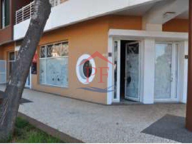 Lojas em Camara de Lobos - 80% - desde 105.100€*