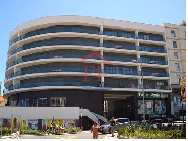 RESERVADA - Lojas no Edifício Santa Luzia - Desde 126.000€