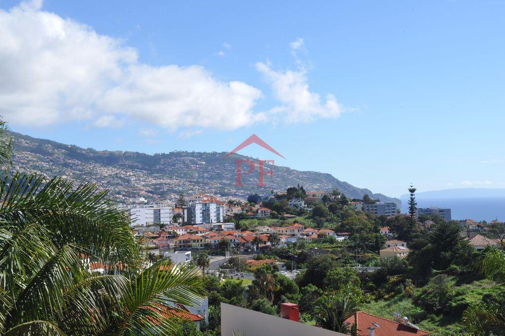 casacerta.pt - Moradia isolada T4 -  - S. Martinho - Funchal
