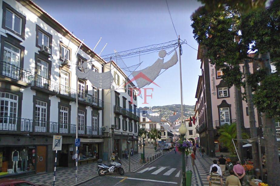 Loja - Centro do Funchal - TRESPASSE