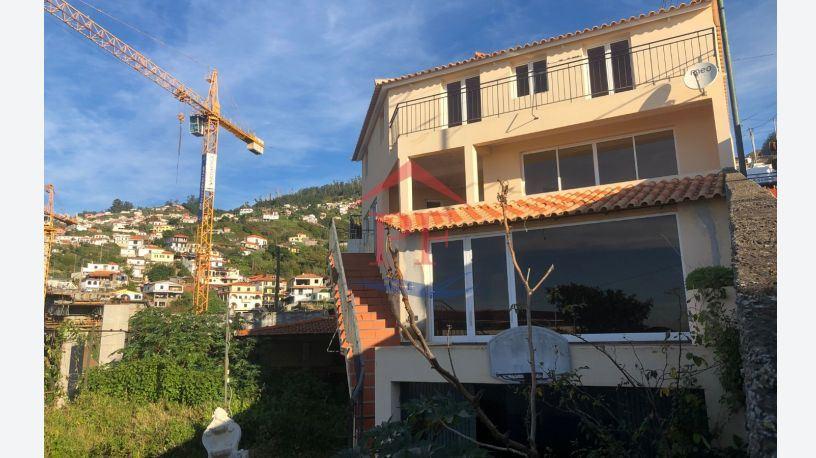 casacerta.pt - Moradia isolada T3 -  - Santo Antonio - Funchal
