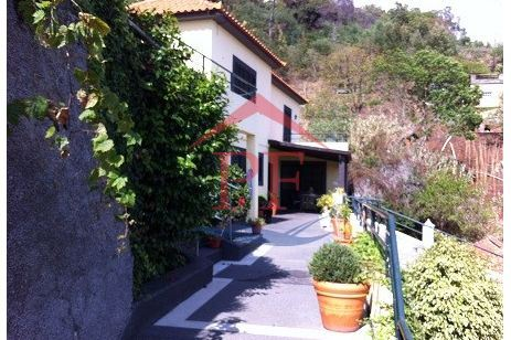 casacerta.pt - Moradia isolada T3 -  - S. Gonçalo - Funchal