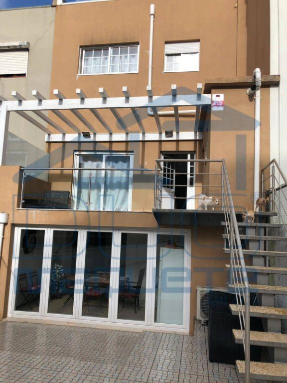 Maison de ville   Acheter Cedofeita,Ildefonso,Sé,Miragaia,Nicolau,Vitória 325.000€