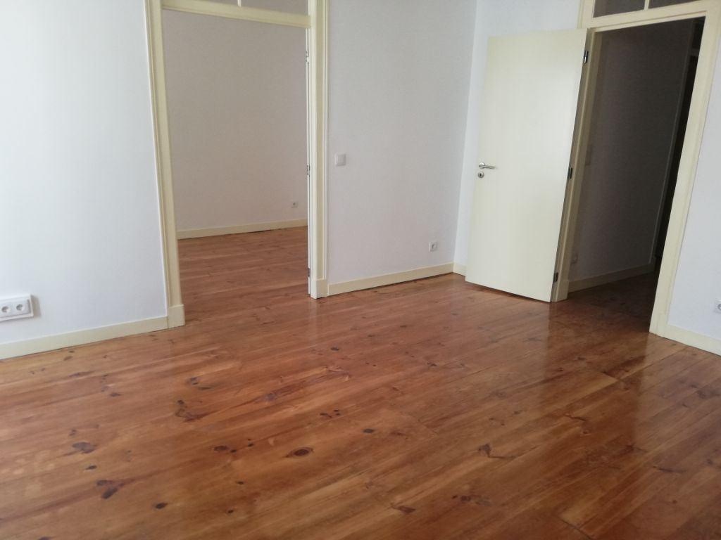 casacerta.pt - Apartamento T4 -  - Estrela - Lisboa