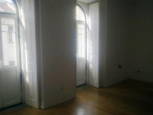 Apartamento T3, para Arrendamento