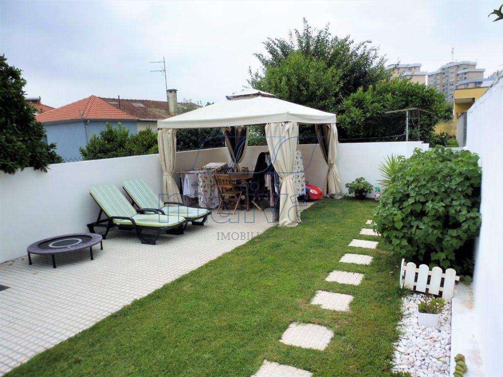 Maison de ville   Acheter Campanhã 250.000€