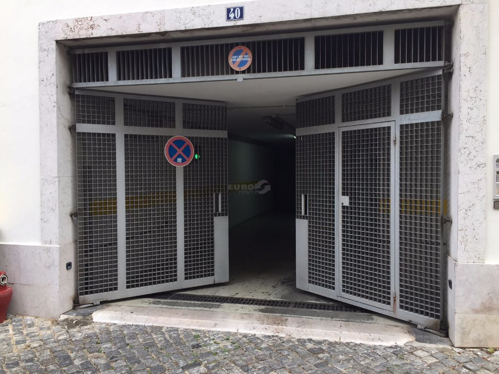 casacerta.pt - Garagem  -  - Misericórdia - Lisboa