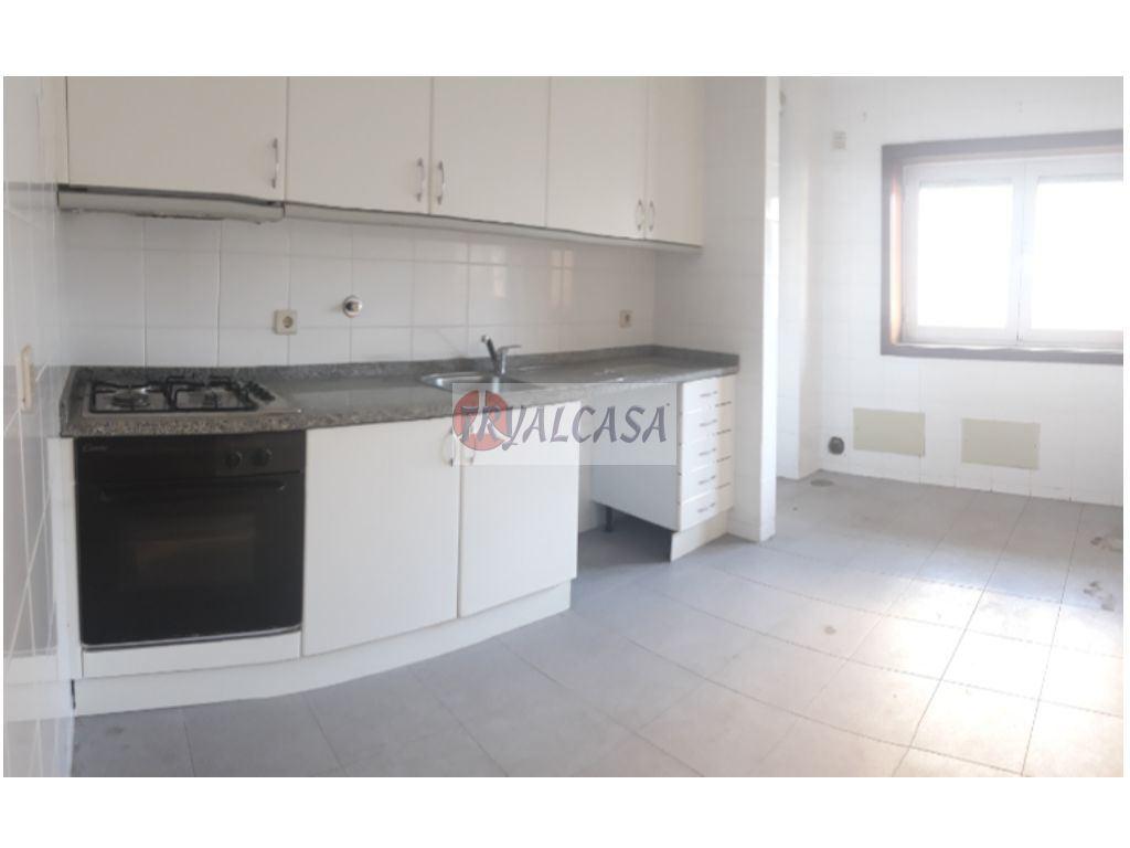 Apartamento  T2 - S. João de Ver, Santa Maria da Feira