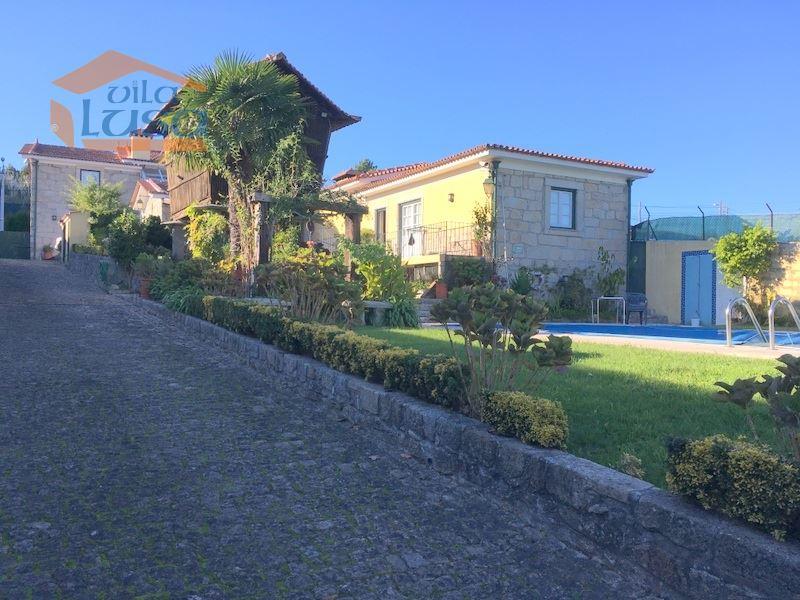 casacerta.pt - Moradia isolada T5 -  - Pedroso e Seixezel(...) - Vila Nova de Gaia
