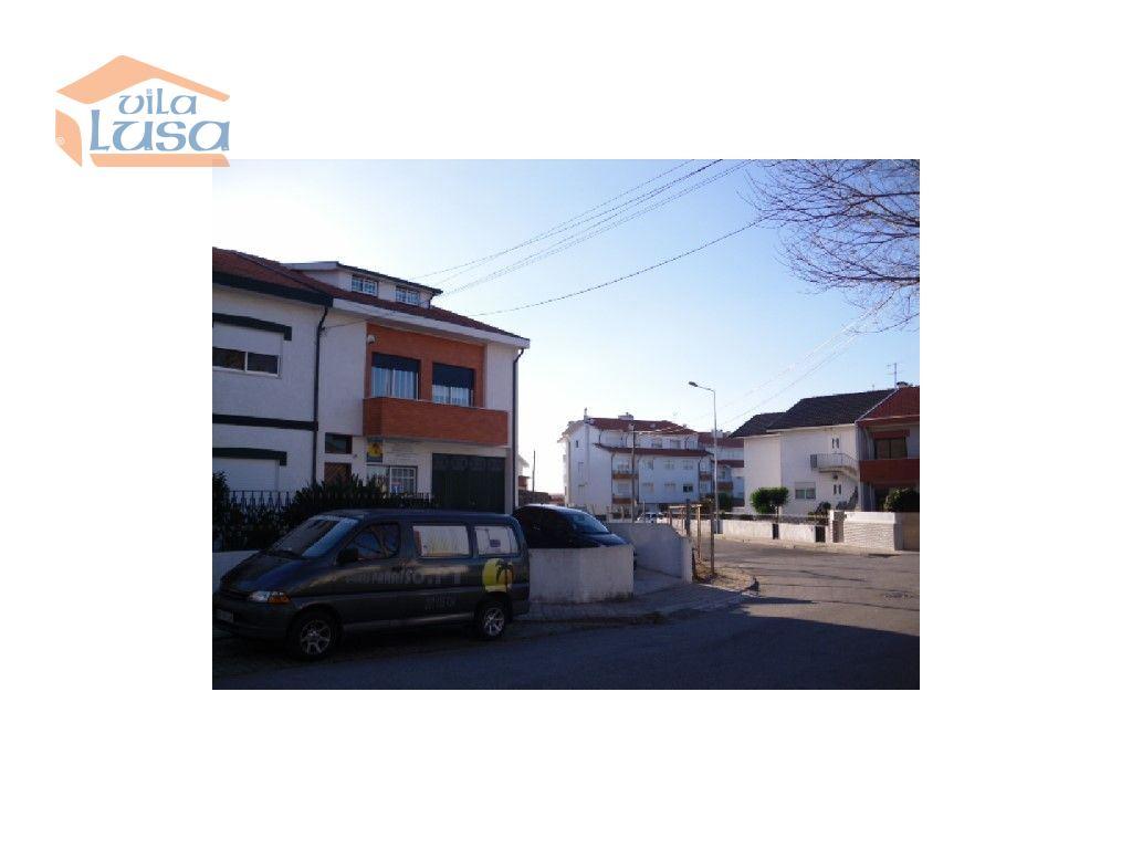 casacerta.pt - Moradia em banda T3 -  - Mafamude e Vilar d(...) - Vila Nova de Gaia