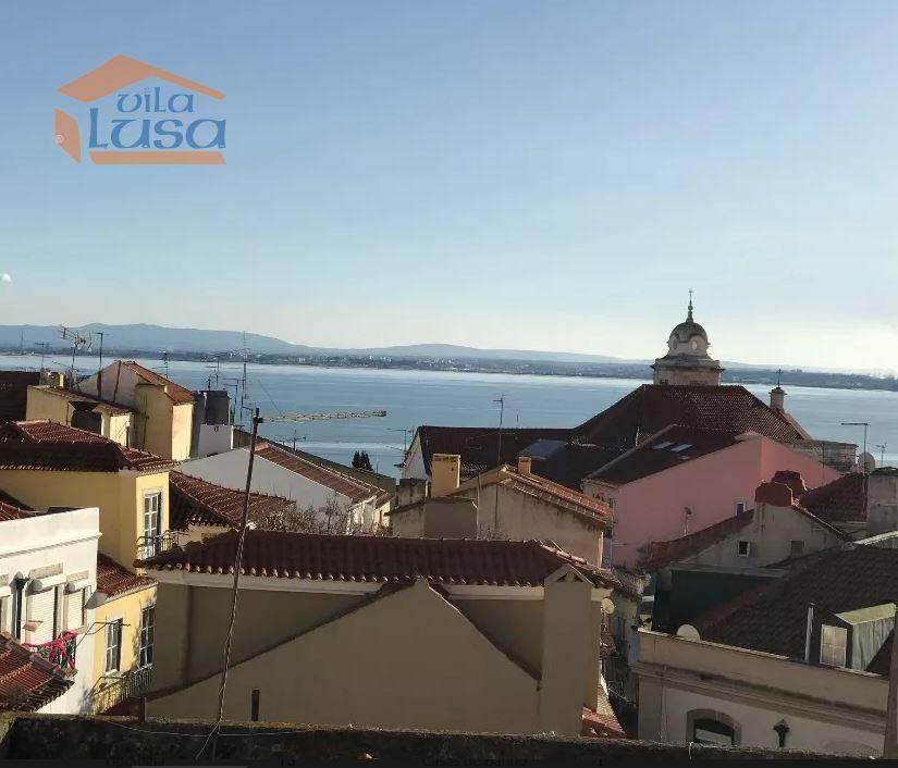 casacerta.pt - Apartamento T3 -  - São Vicente - Lisboa