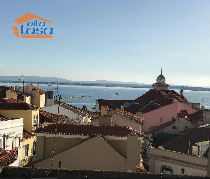 casacerta.pt - Prédio Habitacional  -  - São Vicente - Lisboa