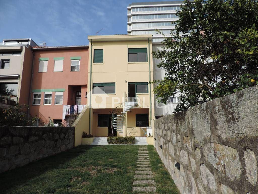 Maison jumelée   Acheter Lordelo do Ouro e Massarelos 550.000€