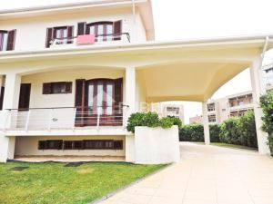 Semi-detached house T4, para Rent