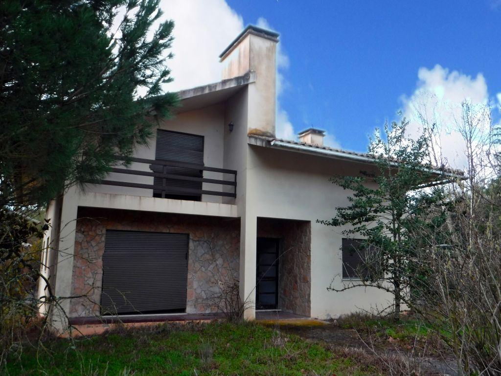 casacerta.pt - Moradia isolada T2 - Venda - Rio Maior - Rio Maior