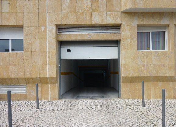 casacerta.pt - Garagem  -  - Carnide - Lisboa