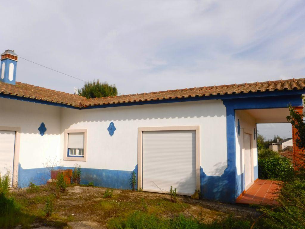 casacerta.pt - Moradia isolada T3 - Venda - Rio Maior - Rio Maior