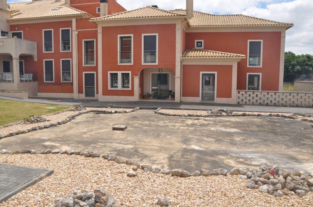 casacerta.pt - Prédio Habitacional  -  - Sapataria - Sobral de Monte Agraço