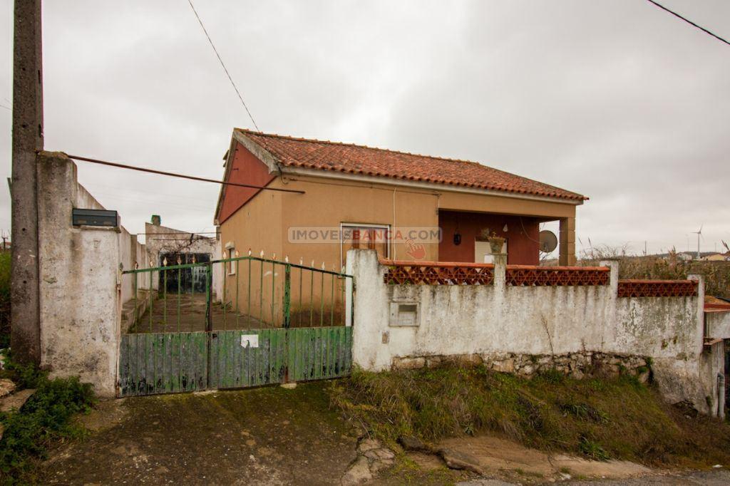 casacerta.pt - Moradia isolada T2 - Venda - Ventosa - Torres Vedras