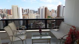 Apartamento com 2 Quartos para Aluguel por temporada