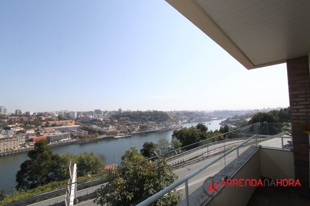 casacerta.pt - Apartamento T3 - Arrendamento - Santa Marinha e São Pedro da Afurada - Vila Nova de Gaia