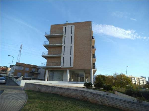 casacerta.pt - Garagem  -  - Santo Antonio dos (...) - Coimbra
