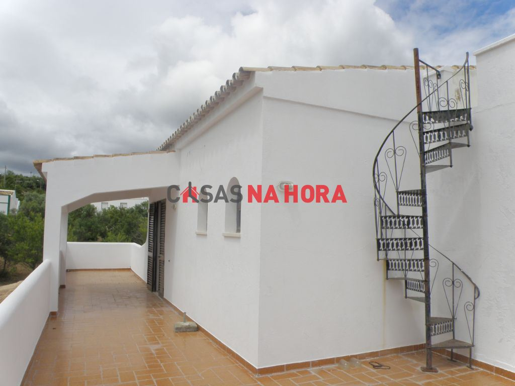 Maison individuelle   Acheter Loule (S. Clemente) 390.000€
