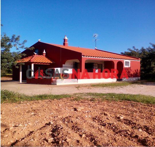 Maison individuelle   Acheter Loule (S. Sebastião) 273.000€