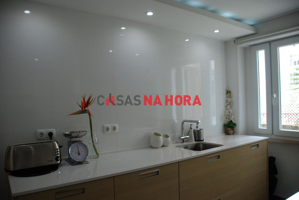 casacerta.pt - Apartamento T3 - Arrendamento - Campo de Ourique - Lisboa