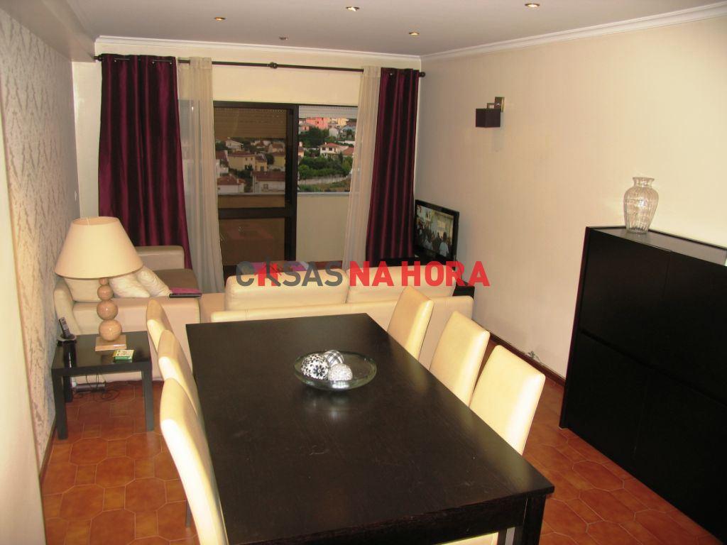 casacerta.pt - Apartamento T3 - Arrendamento - Santo Antonio dos Olivais - Coimbra