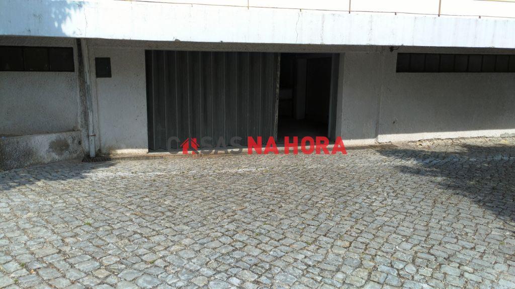 casacerta.pt - Garagem  - Venda - Santo Antonio dos Olivais - Coimbra