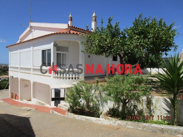 Maison individuelle   Acheter Conceição e Estoi 370.000€